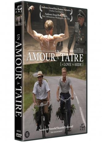Un Amour à Taire [A Love to Hide] cover